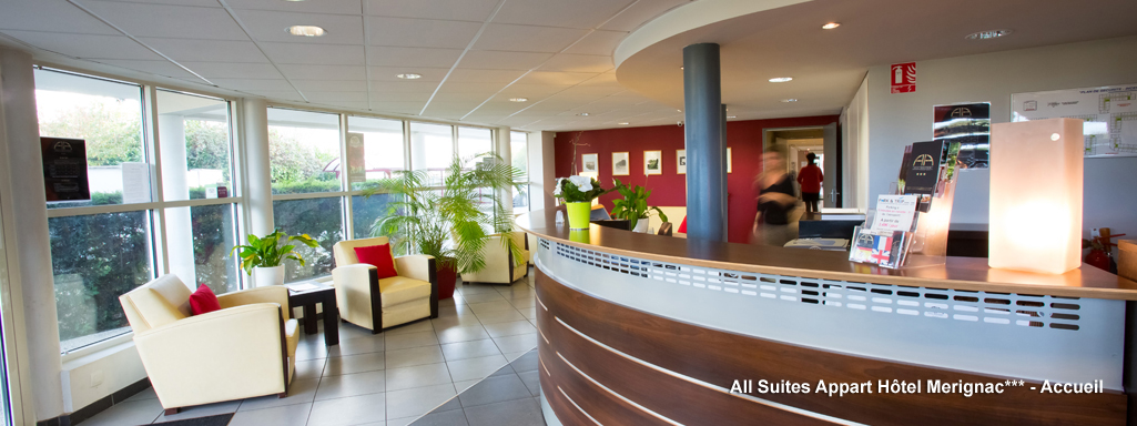 All suites appart h tel bordeaux m rignac for Appart hotel long sejour bordeaux
