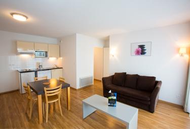 all suites appart h tel la teste de buch. Black Bedroom Furniture Sets. Home Design Ideas