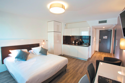 All suites appart h tel bordeaux marne for Appart hotel rungis